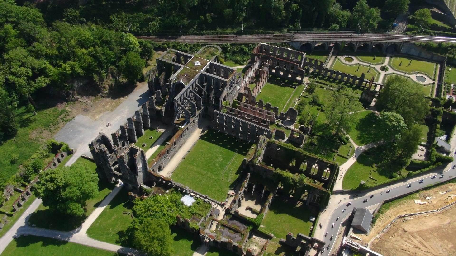 Activités : Balades dans les bois de l'Abbaye de Villers
