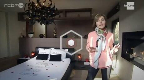 Video-Les-Ambassadeurs-rtbf-visitent-notre-chambre-dhotes-Au-1001-Nuits
