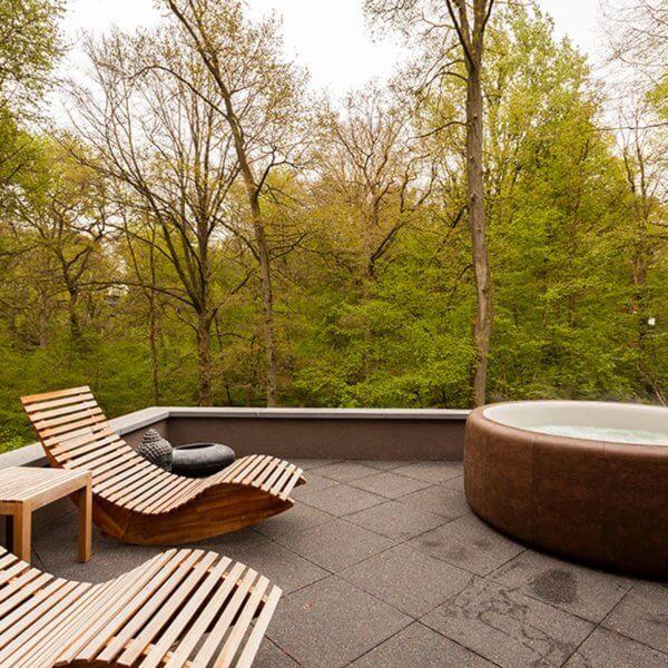 chambre-avec-bain-bulles-en-terrasse